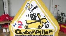 Gonfiabile caterpillar rai radio 2
