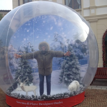 sfera di neve gonfiabile