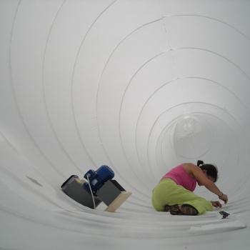 Strutture gonfiabili di grandi dimensioni per installazioni