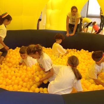piscina di palline minions
